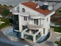 org_holiday_house_home_apartment